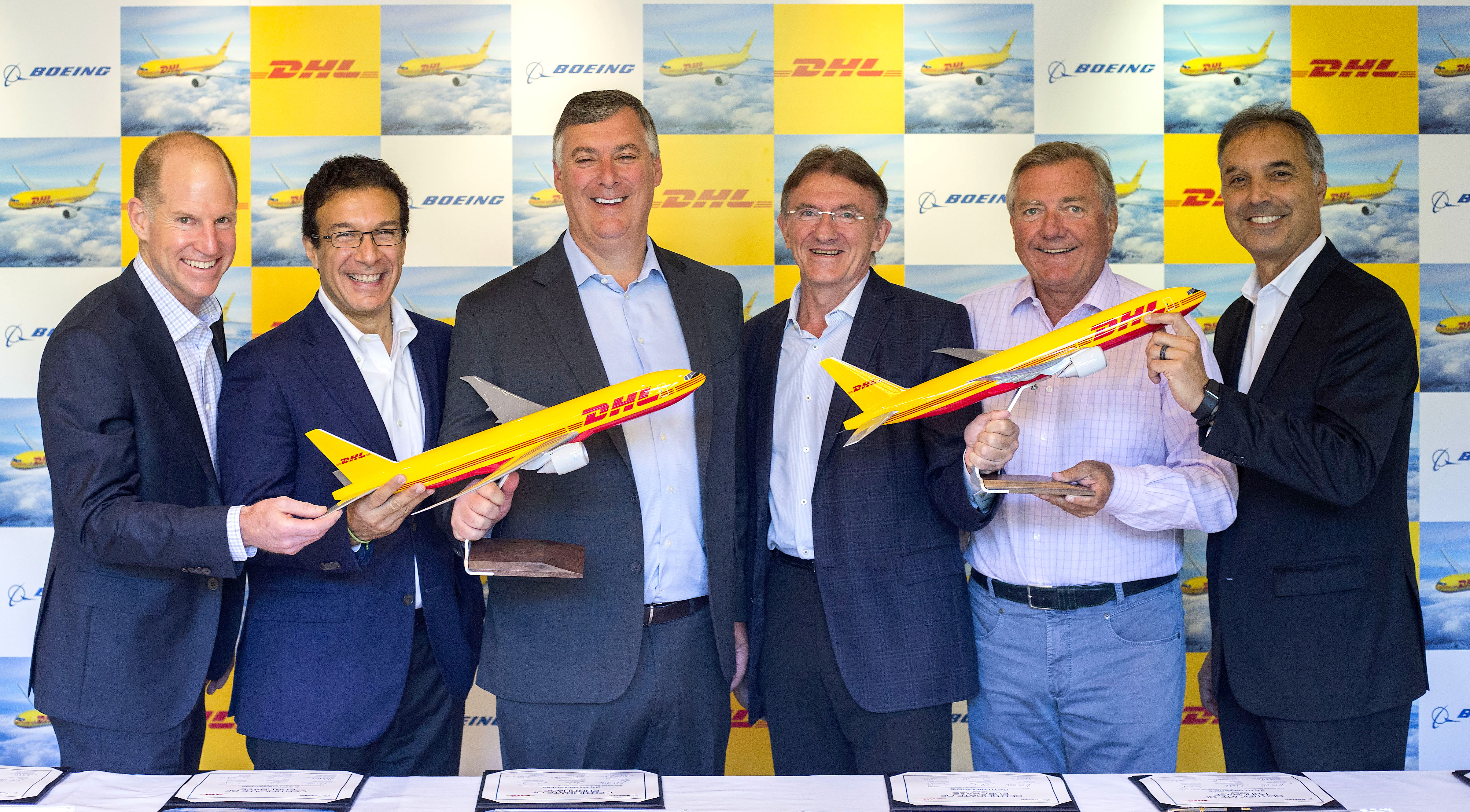 DHL Express places order for 14 B777 Freighters citing e-commerce capacity demand