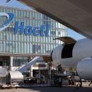 Hactl sets record with 104 freighters in single day