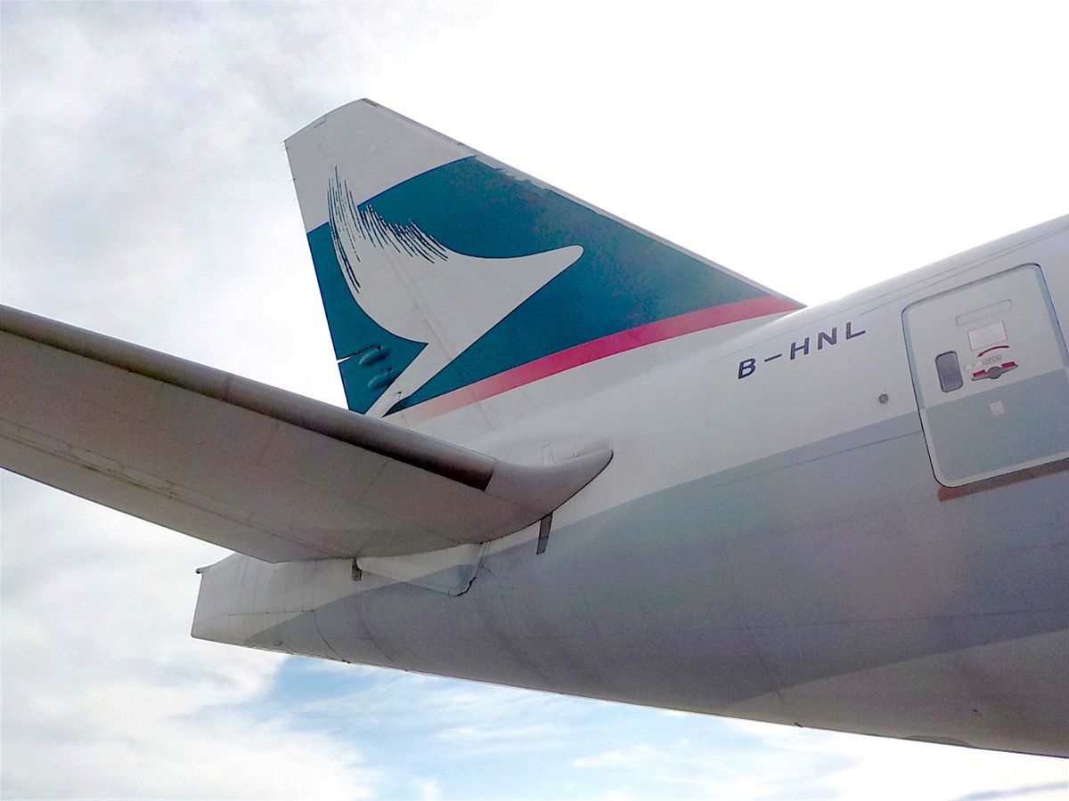 Cathay sees cargo pick up but fears of 2020 global recession