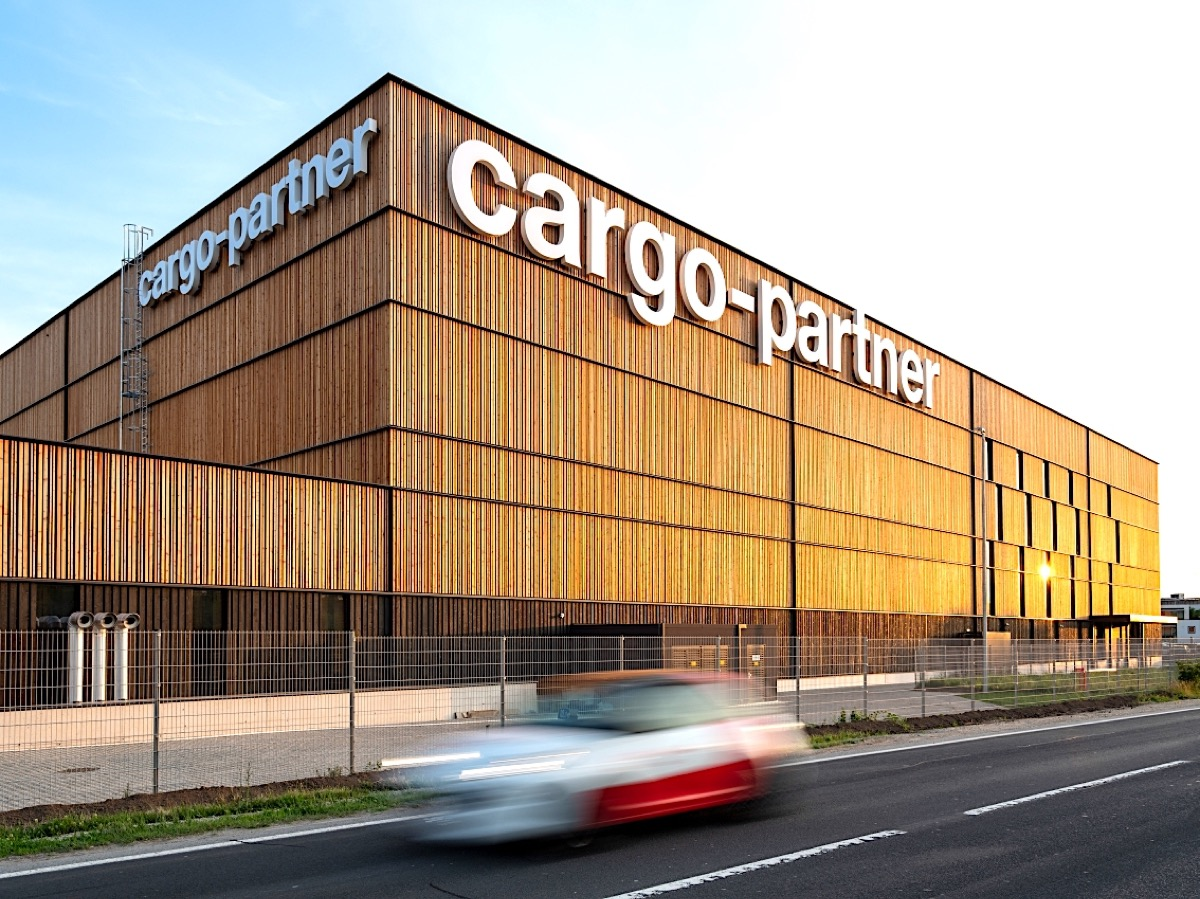 cargo-partner handles ENGEL's spare parts logistics at new facility
