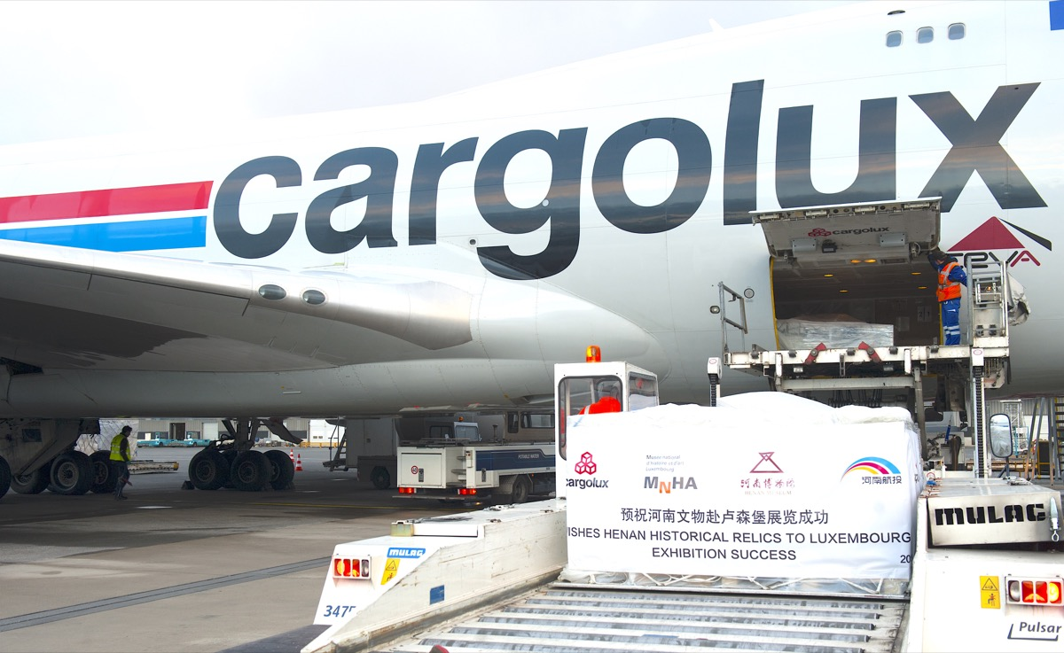 Cargolux carries precious cargo of Chinese artefacts to LUX
