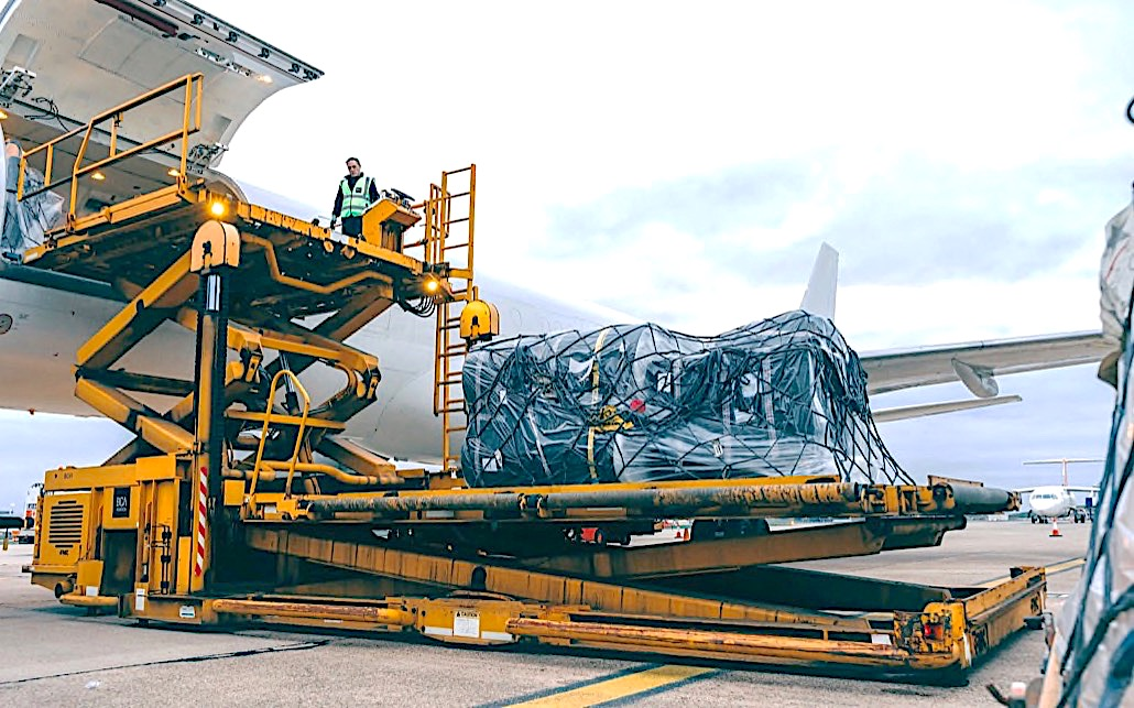 Air Charter Service busy with Mozambique aid charters
