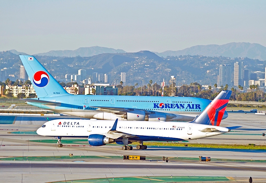 Delta takes 4.3% stake in Korean, aims for 10%