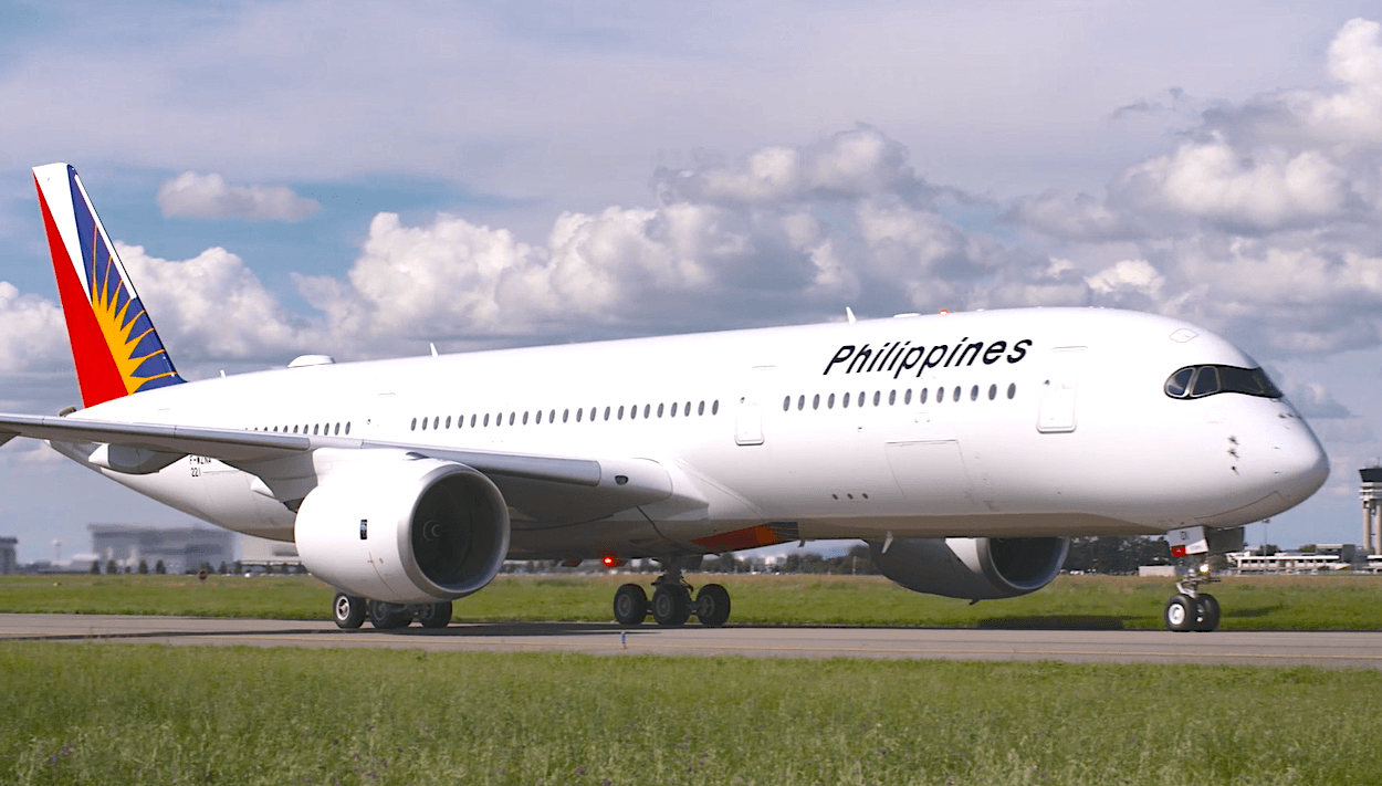 Philippine Airlines' Bautista abruptly retires