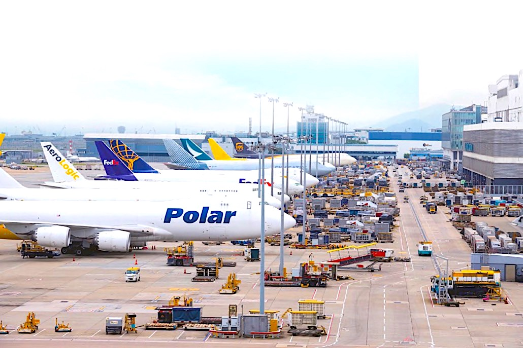 HKG freighter traffic up 24% in April on Covid demand