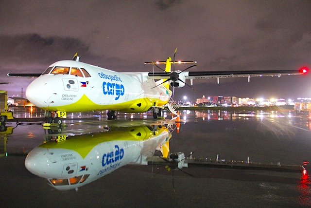 Cebu Pacific receives first freighter with ATR 72-500P2F