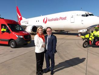 Qantas-and-Australia-Post