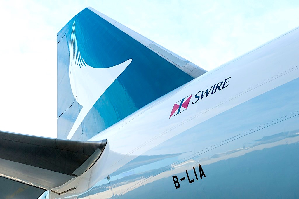 Cathay assuages customer nerves, points to peak season signs