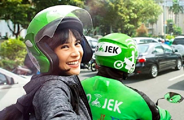 Amazon considering investment in Indonesia's Gojek