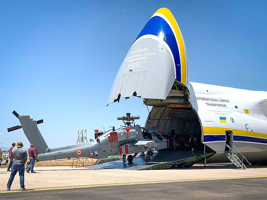 Antonov Airlines gives a lift to four Apache helicopters
