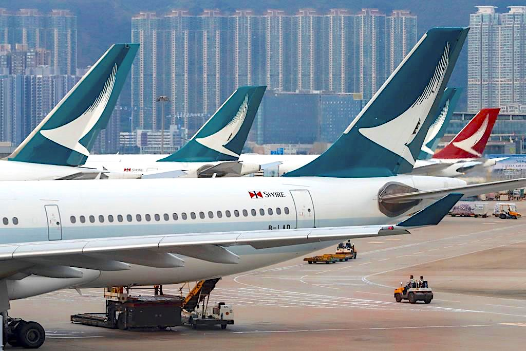 "Cathay's 2019 profit down, warns of ""substantial"" H1 loss"