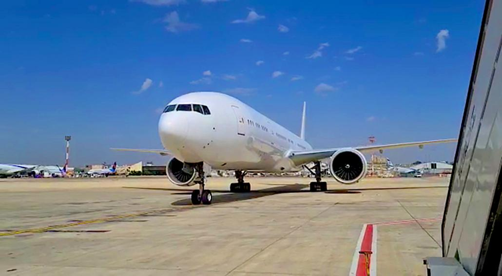 GECAS delivers B777-300ER to IAI for P2F conversion