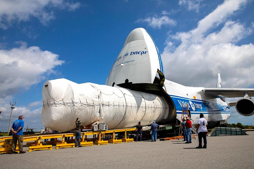 Volga-Dnepr delivers Atlas 5 Rocket for NASA's Mars mission
